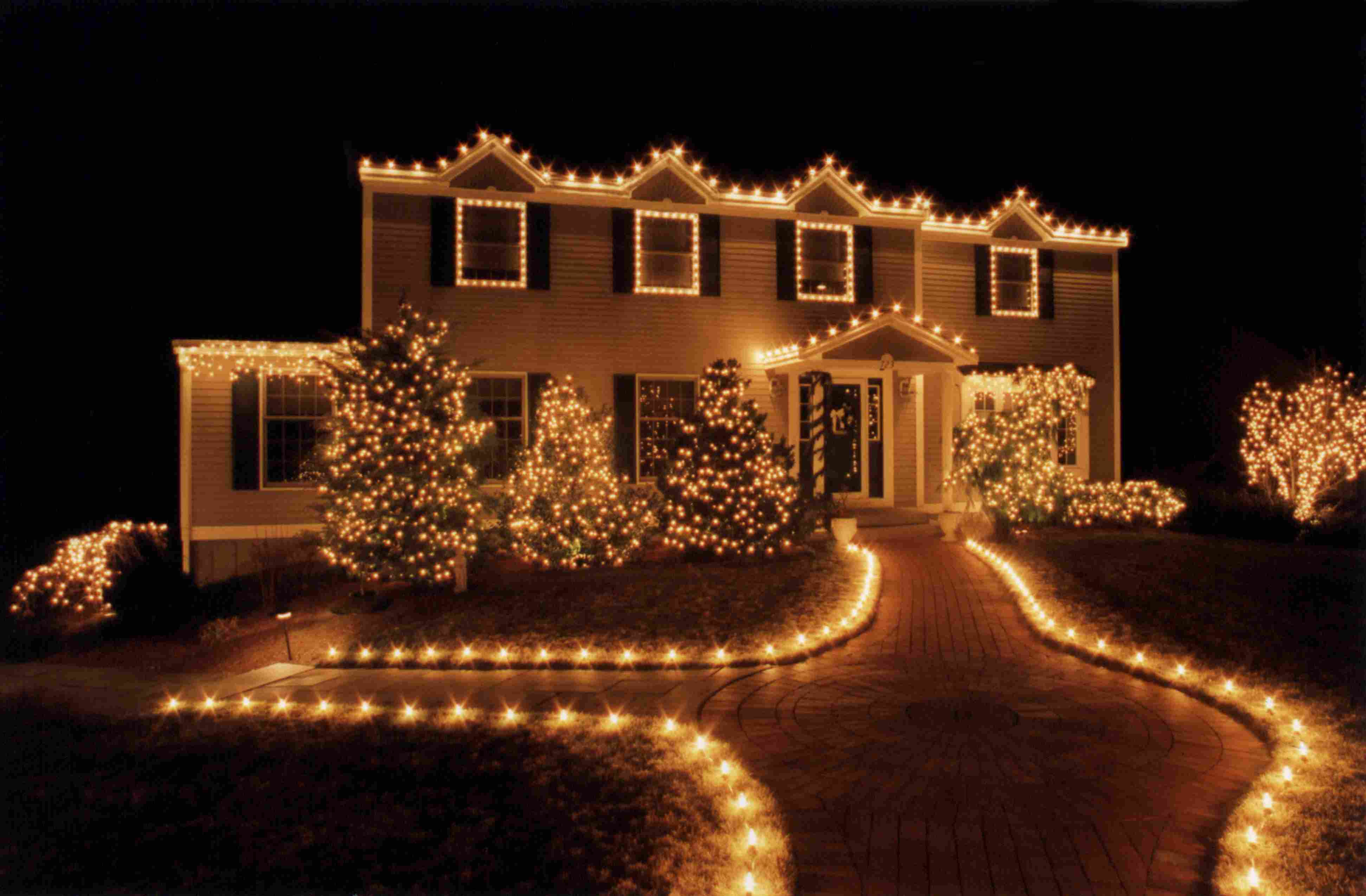 Residential Christmas Decor Portfolio
